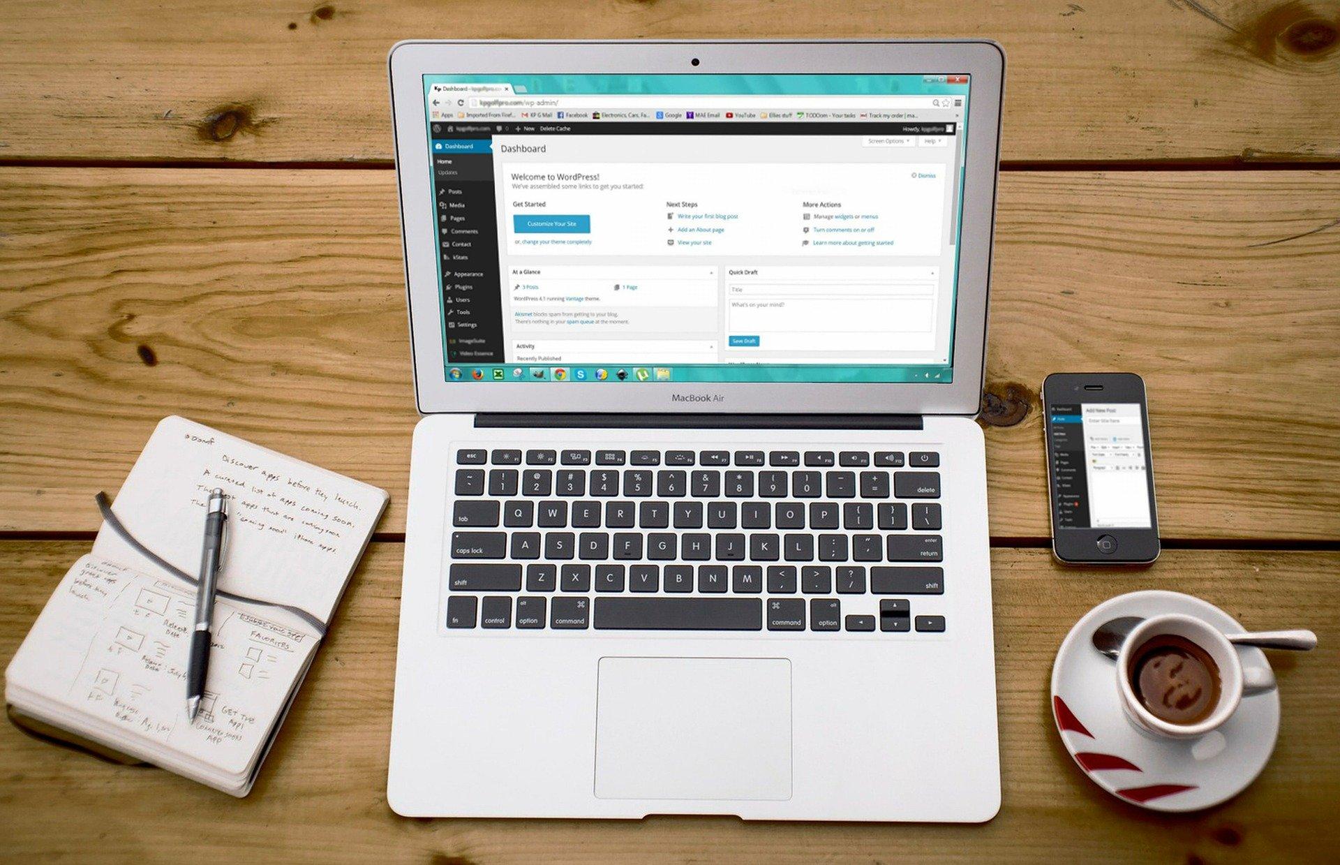 Gestaltung der Customer Journey mithilfe von Posts und Landing Pages