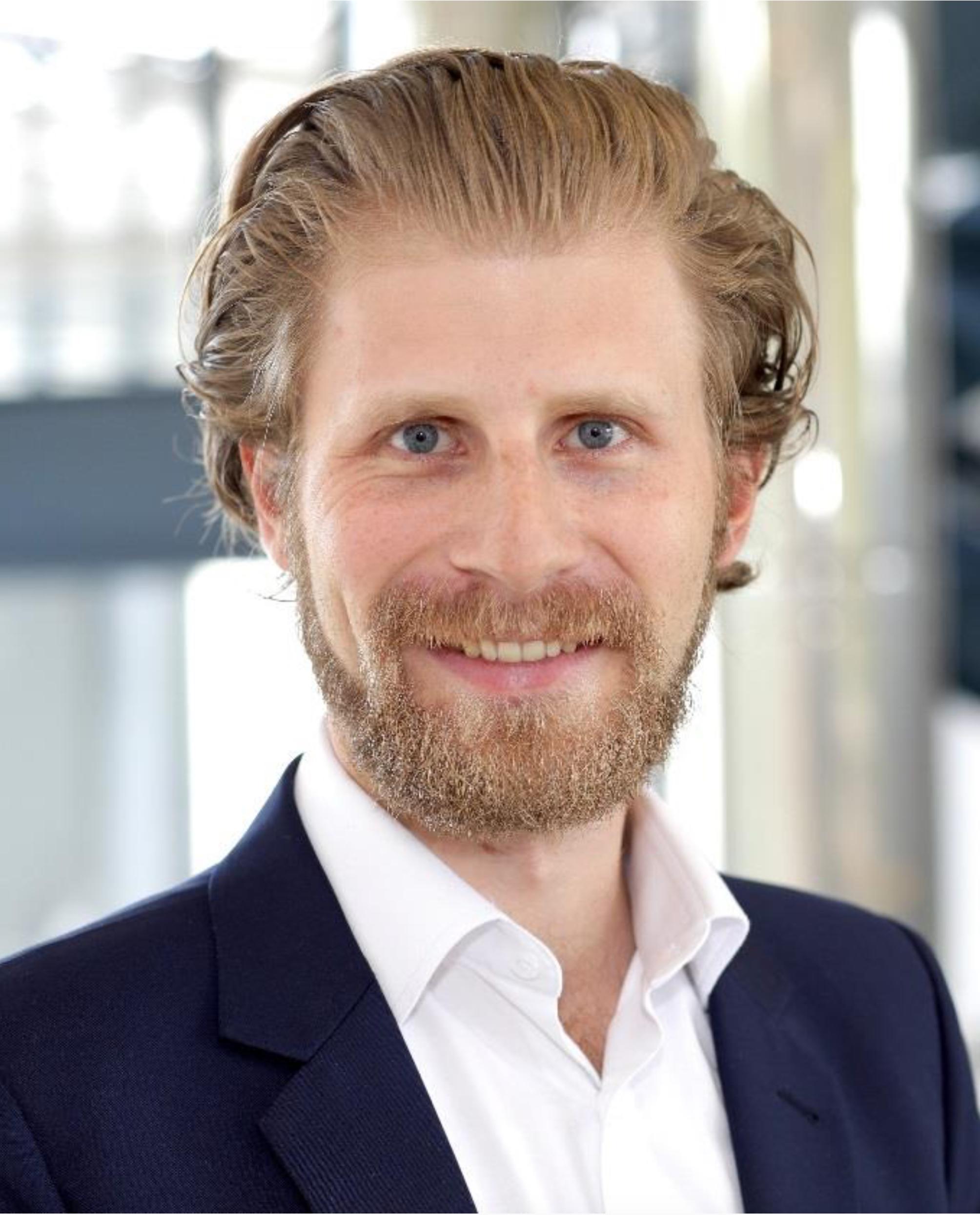 Dr. Matthias Hudecek, Professor für Wirtschaftspsychologie an der FOM Hochschule, beantwortet die wichtigsten Fragen zum Thema Homeoffice
